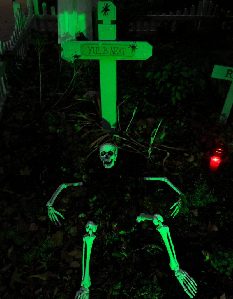 Halloween Deko Grab